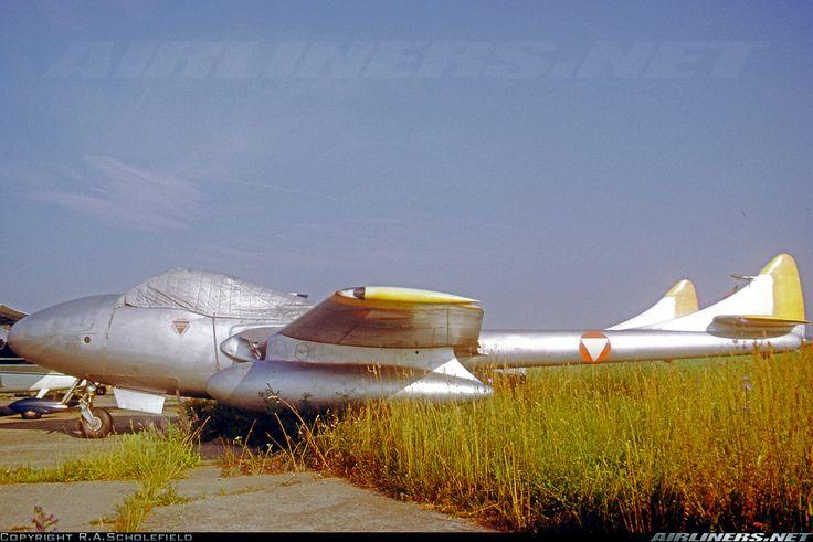 Photos: De Havilland DH-115 Vampire T11 Aircraft Pictures | Airliners.net