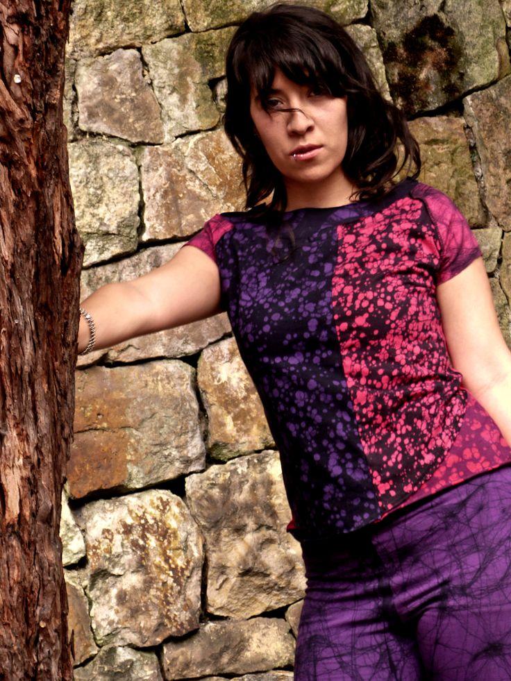 Camiseta y Leggins pintados a mano en 100% algodón con la técnica del batik. Diseños exclusivos!!!