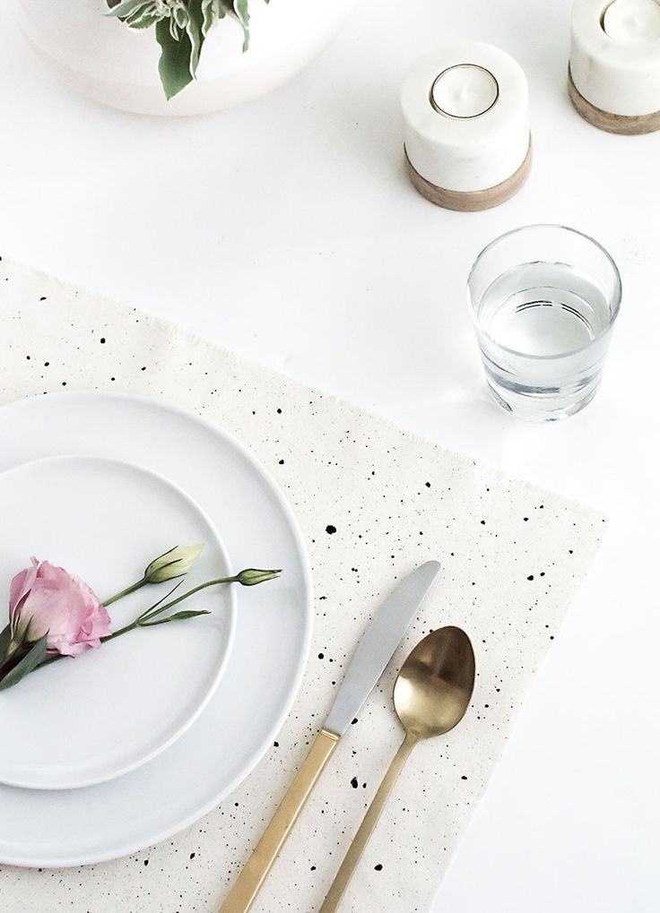 Speckled Placemats- DIY