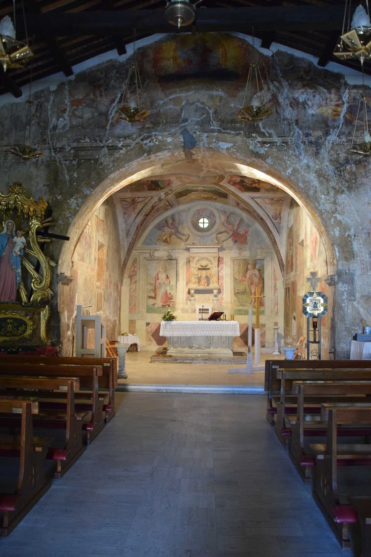 yesterday we were lucky to find this wonderful antique church open- Santa Maria del Rosario- Cave . Italy