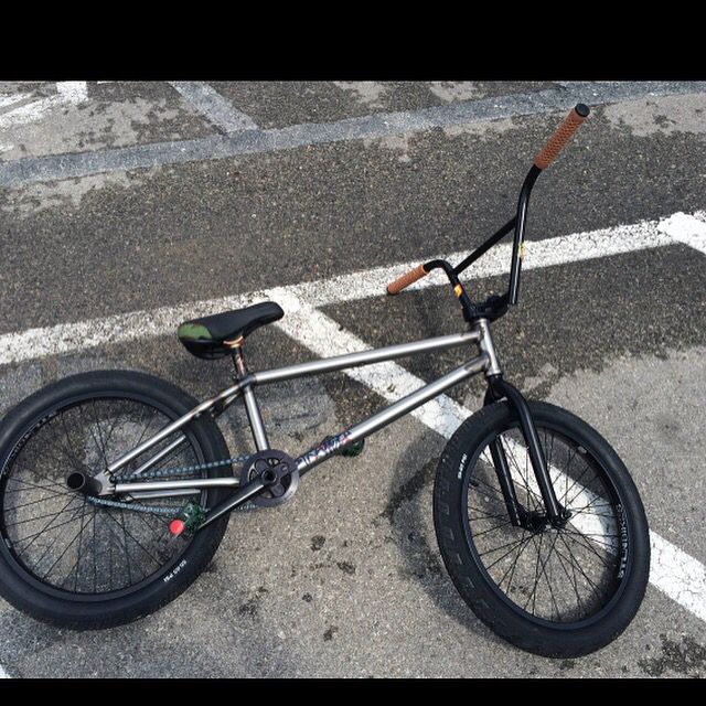 STOLEN!!!!!!! Stranger BMX custom build. Please keep an eye out. @sleeperwolf