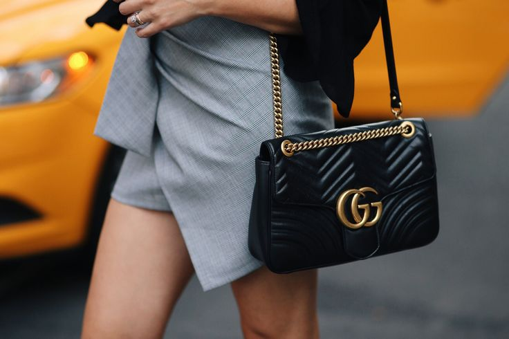 I splurged on a new black #Gucci GG Marmont bag!