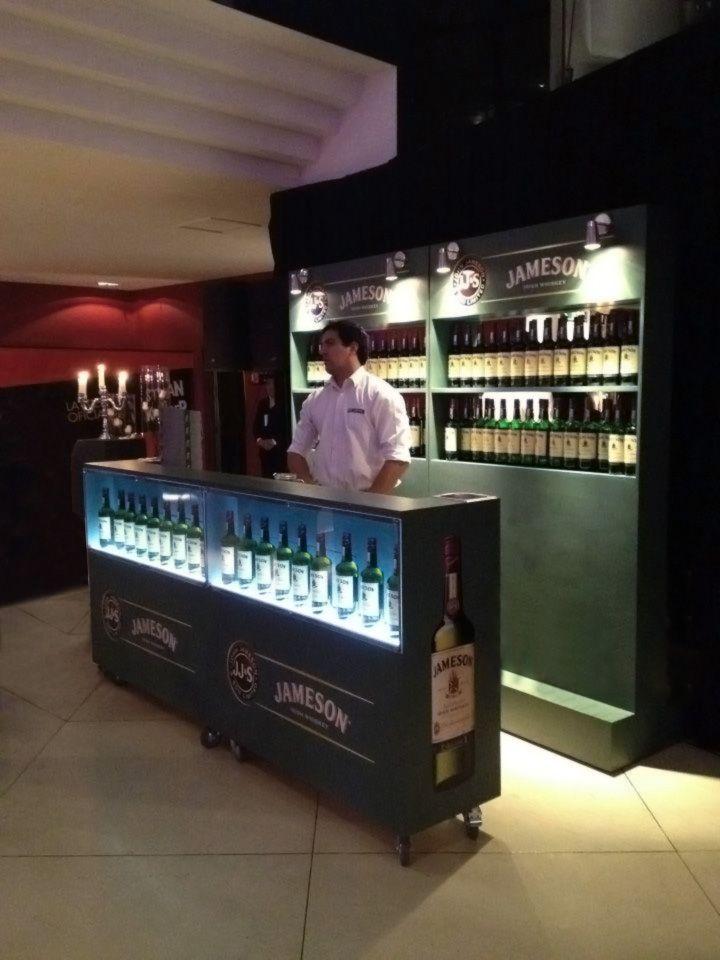 Mueble degustación Jameson whisky