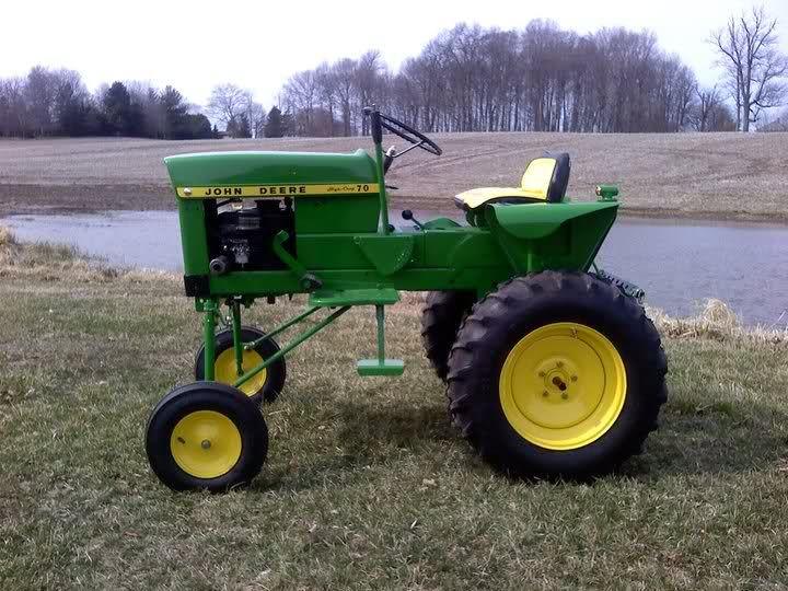 garden tractors | High-Crop 70 Lawn Tractor.
