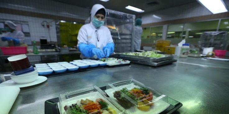 150 Koki Aerofood ACS Siapkan Makanan Untuk Rombongan Raja Salman - http://darwinchai.com/traveling/150-koki-aerofood-acs-siapkan-makanan-untuk-rombongan-raja-salman/