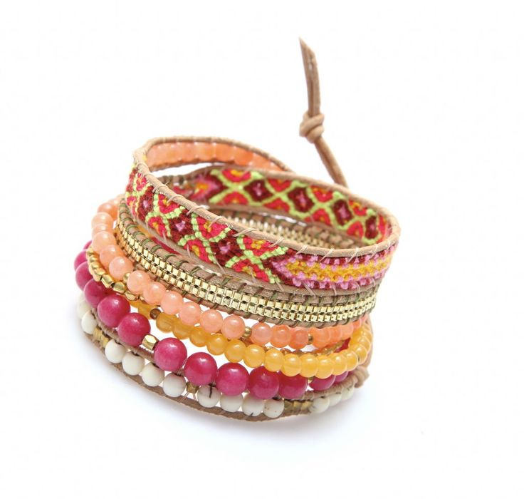 Bracelet made of silk and natural stones