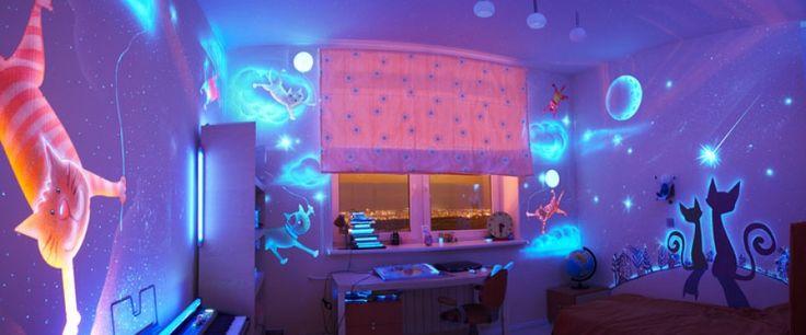 Je slaapkamer creatief aankleden? Dat doe je met glow in the dark verf!