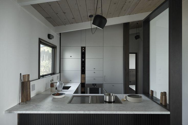 Upper Cabinet Free Kitchen Design https://henrybuilt.com/page/vbb