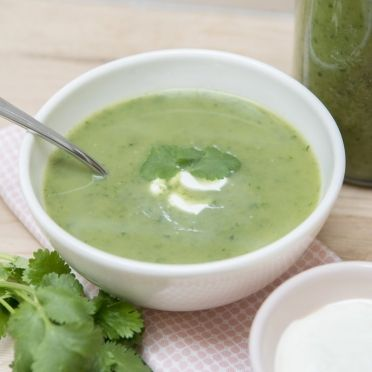Potage aux fines herbes et à la crème aigre - Dille & Kamille