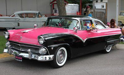 1955 Ford Fairlane Crown Victoria  pink & black