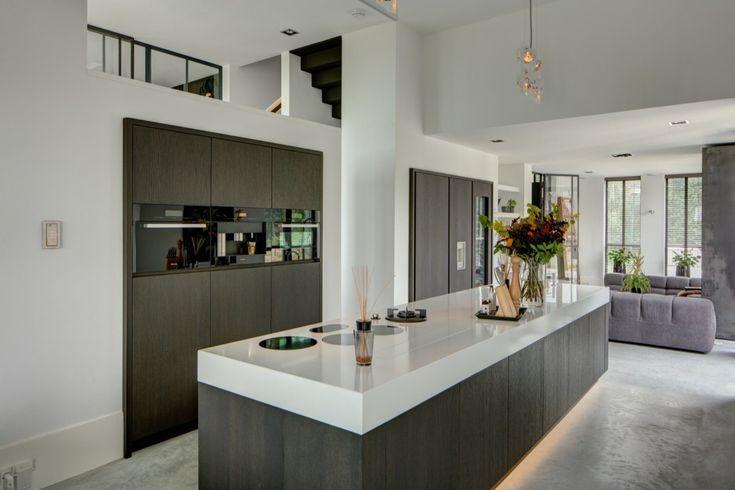 RMR interieurbouw - Puur - Hoog ■ Exclusieve woon- en tuin inspiratie. RMR INTERIEURBOUW MOERGESTEL maatwerk intérieur  interiors www.rmr.nl