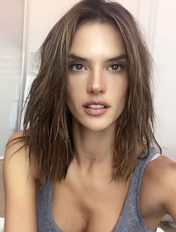 The Long bob XL Haircut or height collarbone looks like Alessandra Ambrosio is one of the hairstyles trend for this 2016