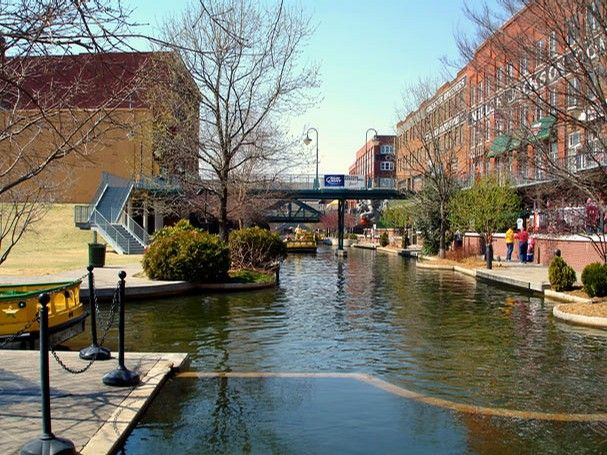 Oklahoma City, particularly the Bricktown section of downtown, is home to many restaurants for couples who want to indulge in fine dining.