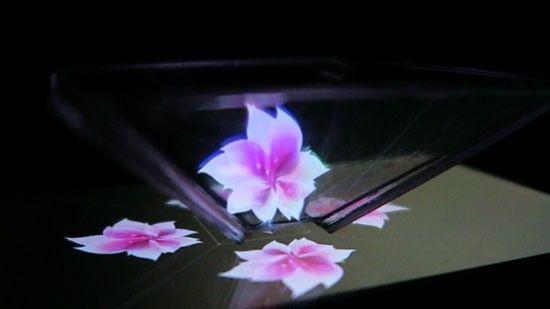 How to Make video for Pyramidal Hologram