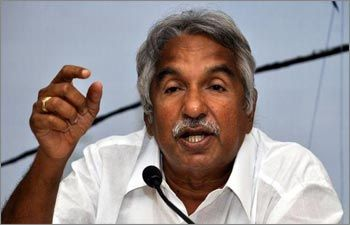 Oommen Chandy another two gunmen get Saritha's call Solar Scam Reporter News - Mallu Live