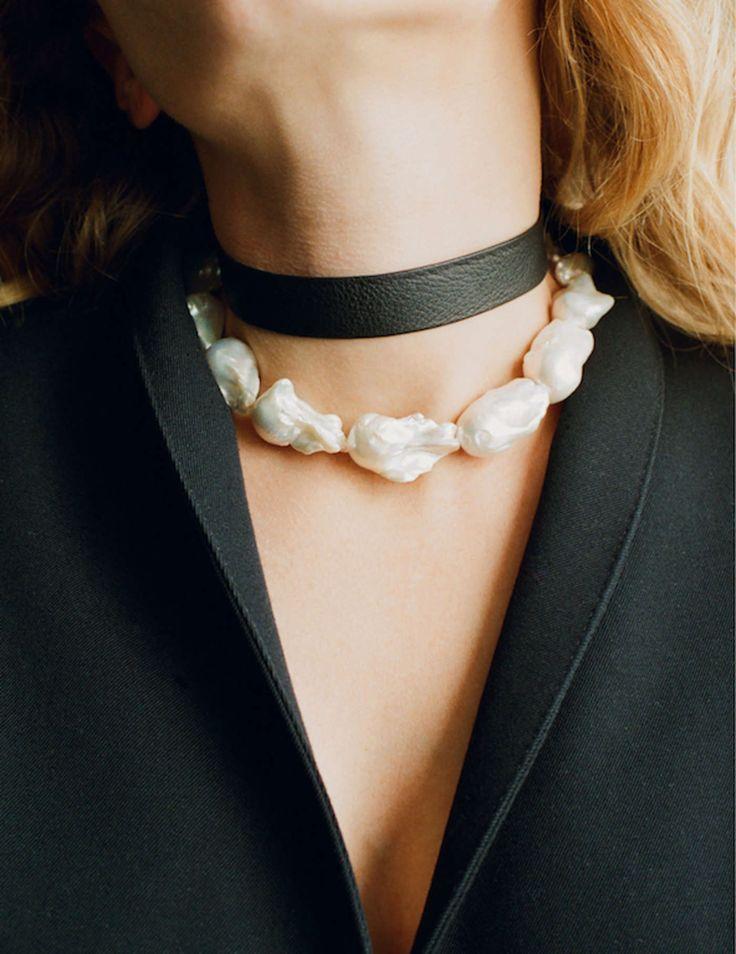 Baroque pearl collar | Simon James Design