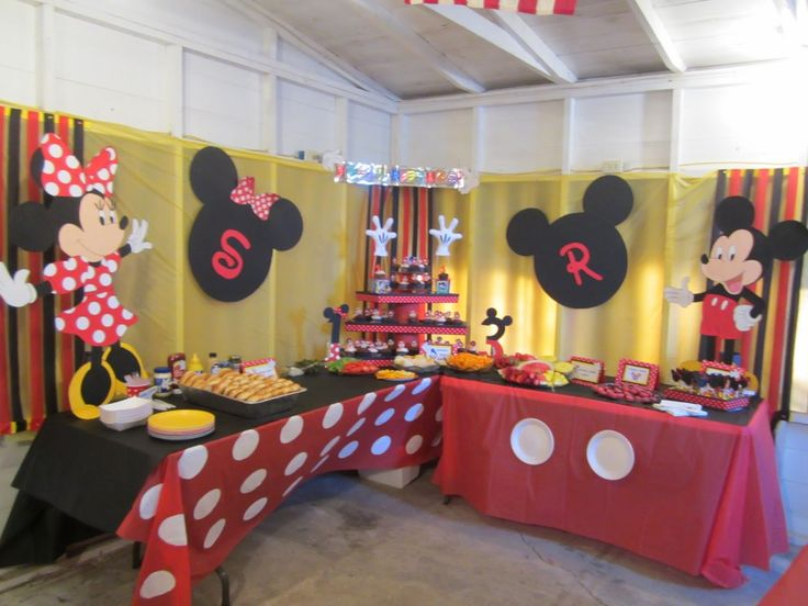 { Life's Simplicity }: Mickey & Minnie Combined Birthday Party!