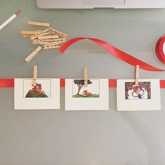 """Erzählen am """"roten Faden"""" - Eine tolle Methode, um das Nacherzählen von Geschichten zu fördern! Ich setze die Methode innerhalb der Einheit zur """"Geschichte vom Löwen, der nicht schreiben könnte"""" in Klasse 1-3 ein. Die Bilder werden zunächst in die richtige Reihenfolge gebracht, evtl. noch mit Stichpunkten ergänzt und dann mit den Wäscheklammern am roten Faden befestigt. Mithilfe der Bilderfolge sowie den Stichpunkten wird die Geschichte dann nacherzählt! #roterfaden #erzählen #..."""
