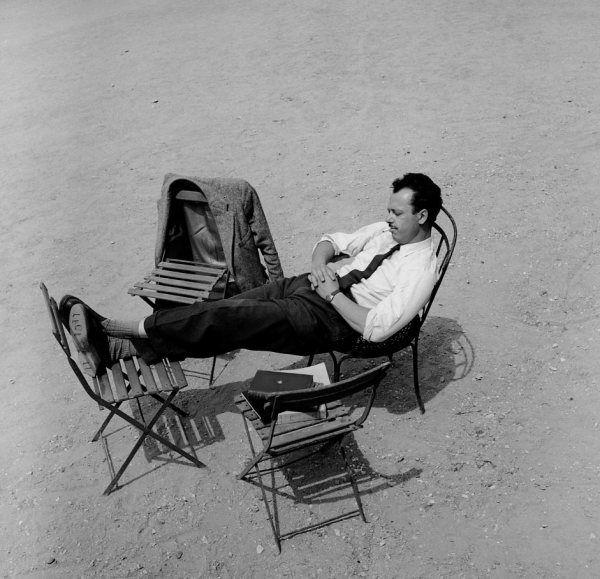 Jardin du Luxembourg | 1951 |¤ Robert Doisneau | 2 août 2015 | Atelier Robert Doisneau | Site officiel