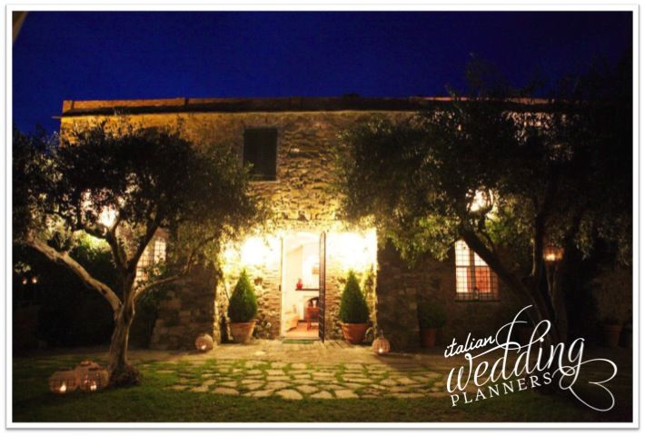 Cinque Terre country home is a dazzling venue for weddings and luxury family holidays Email our Cinque Terre wedding planners for info: info@italianweddingplanners.com