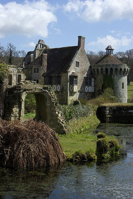Scotney Castle (__IGP9139) by Charlie Jobson (back on catch-up), via Flickr