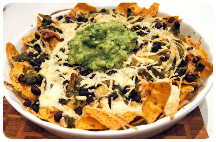 Vegan MoFo Tomatillo Salsa Verde & Black Bean Nachos ...