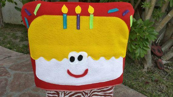 Torta de cumpleaños feliz (rojo) cubierta para salón de clases, oficina, sillas hogar - cubierta de la silla