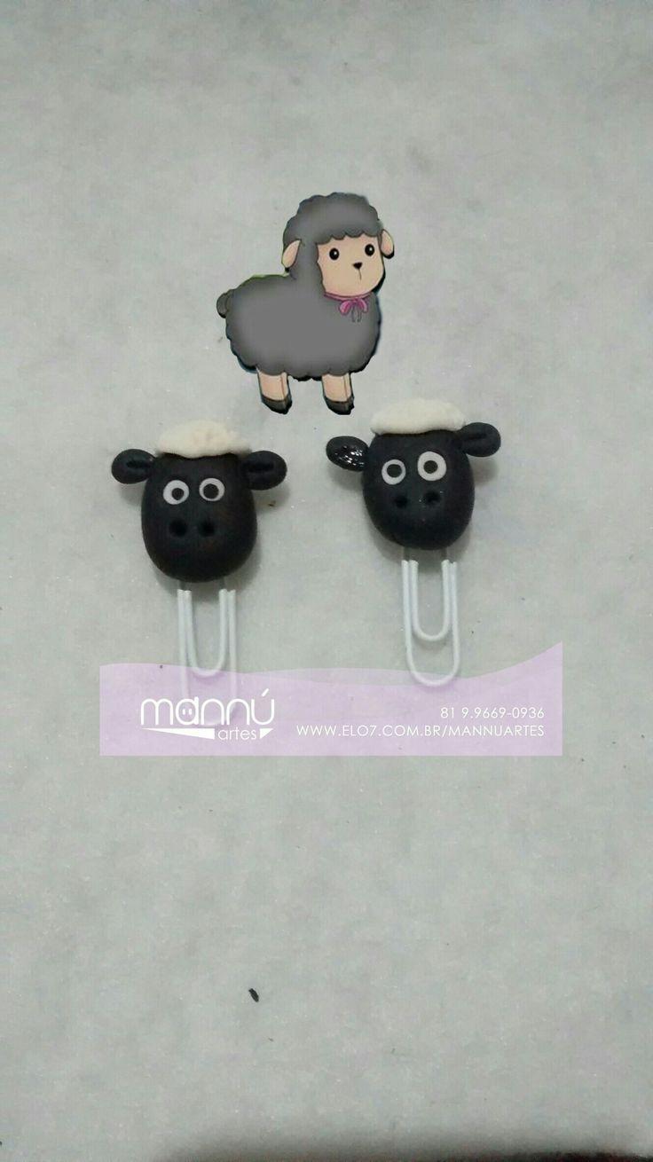 Ovelha negra da família https://www.elo7.com.br/ovelha-negra-da-familia-clip-decorado/dp/97174B