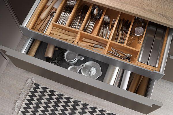 Nolte Besteckeinsatz in der Küchenwelt vom Pfiff Möbel