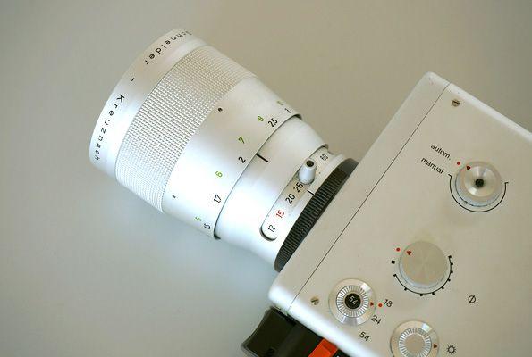 Nizo S 800 Braun Super 8 Filmkamera designed by Dieter Rams in 1970. Photos by VernissageTV Didier Leroi