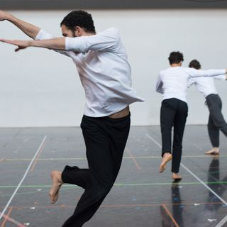 Brussels, dance !  Between 1st February and 31st March,  join the movers and shakers of Brussels and share the creativity of the  capital of dance!