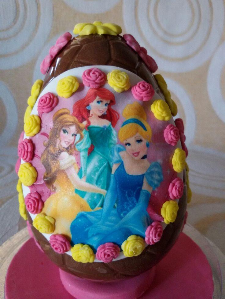 Chocolate Easter egg...Princesses!!!