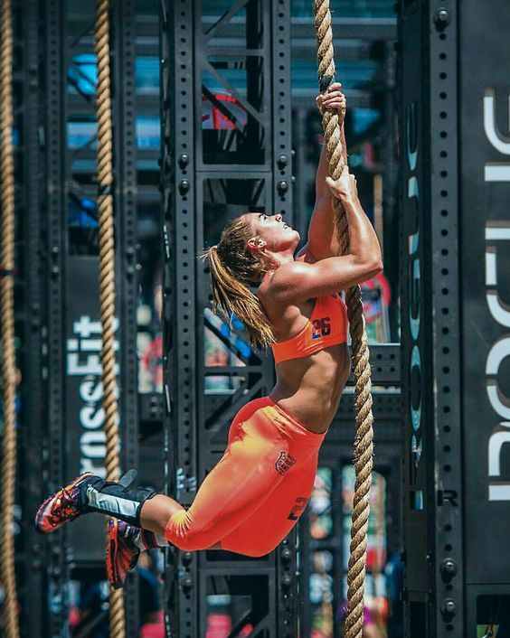 Brooke Wells, CrossFit Athlete. #thepursuitofprogression #Lufelive #Crossfit #workout #fitness Pic via: Kill Cliff