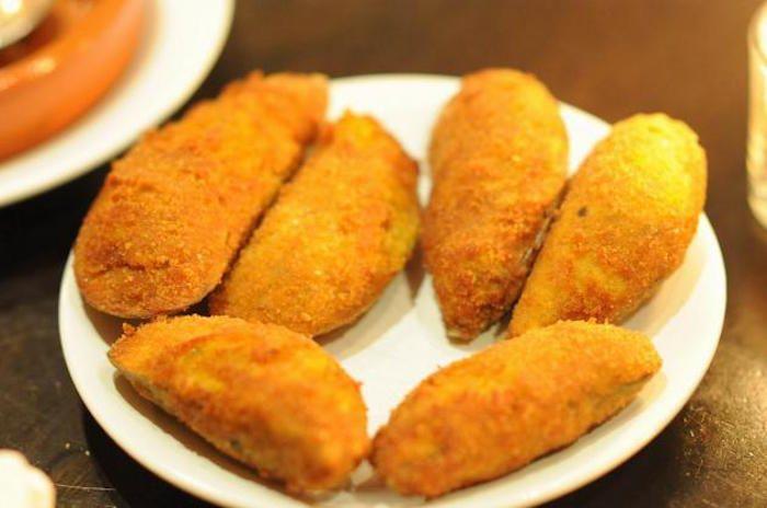Cozze ripiene fritte--(Spagna)-