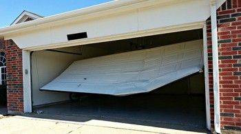 Henry's Garage Door provide the most reliable garage door service in Spring TX and can help you with any kind of garage door problem from installation to repair and replacement. Also they offer services for commercial garage door repair in Spring TX which makes them one of the best garage door service in the area.