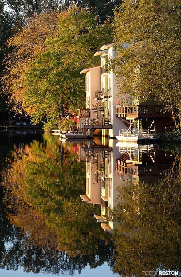 Reston Virginia fall foliage Lake Anne