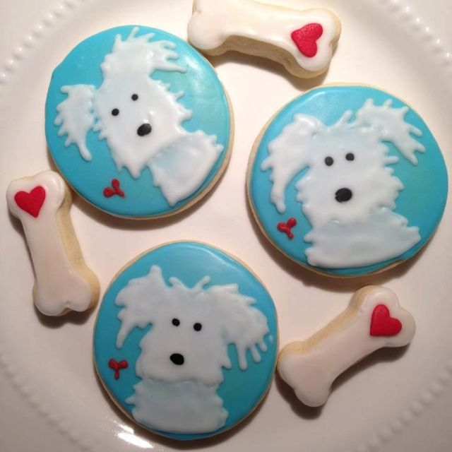 Puppy dog cookies for Casey | Das Cookie