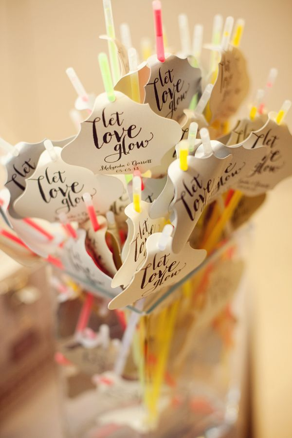 Glow sticks. Wedding favour ideas for under £1 #wedding #favour #budget #cheap