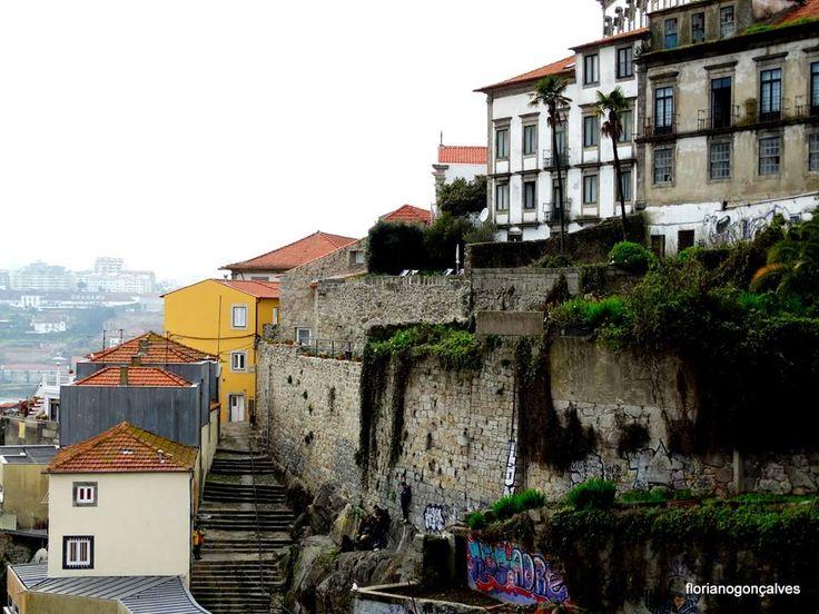 Porto calçadas e escadinhas - Floriano Gonçalves.