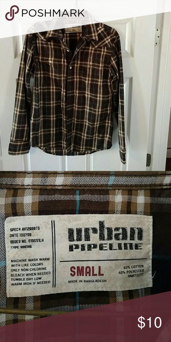 Men long sleeve shirt Men long sleeve urban pipeline shirt, like new. Smoke free home,only worn couple times urban pipeline  Shirts Casual Button Down Shirts