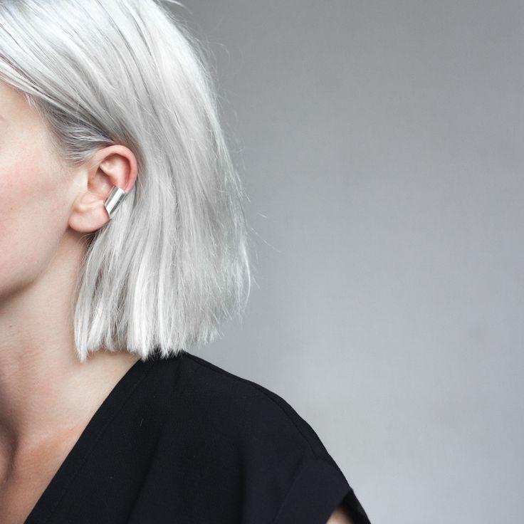Argent / Hair / Grey / Inspiration / Mood / Cheveux / Coupe de Cheveux / Fashion / Silver / Bijoux / Oreille