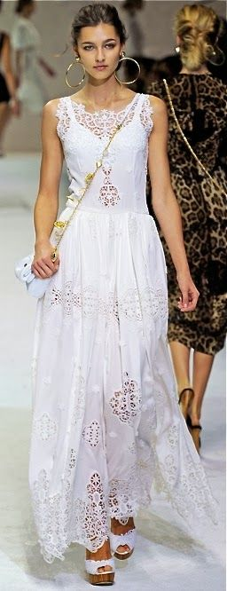 Dolce  Gabbana...Greece fashion!