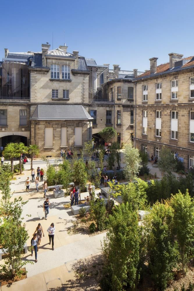 Leyteire Square in Bordeaux, France by Debarre Duplantiers Associés