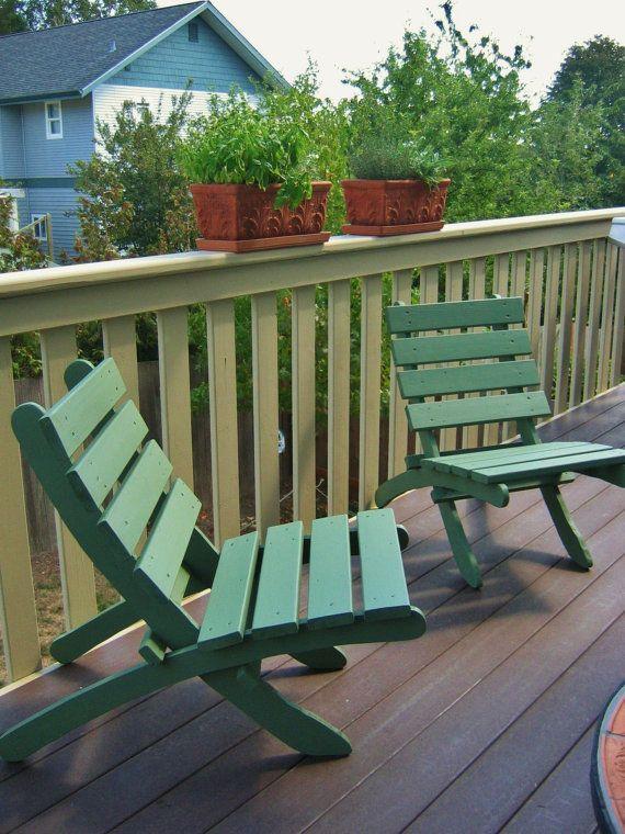 Cedar chair for condo apartment balcony storable for Small condo balcony furniture