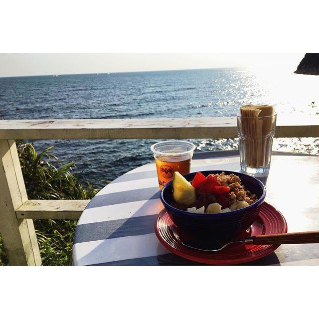 【chihastagram_】さんのInstagramをピンしています。 《_ ▷▶︎surfers #趣味 #マイペース #カメラ #サーファーズ #逗子 #海 #surfers #mypace #camera #cafe #lunch #acaibowl #acai #japan #favorite #like4like #instaphoto #sea #zushi #カメラ好きな人と繋がりたい #過去写真 #ちはstagram》