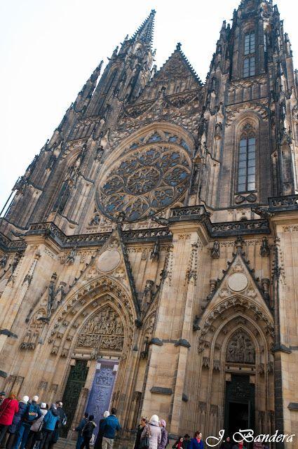 Las Fotografías de Bandera: La Catedral de San Vito en Praga