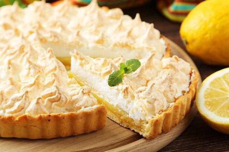 Ağızda dağılan tart hamuru, üzerine serilen limon kreması ve yumurta aklarından hazırlanan mereng ile taçlanırsa ona merengli tart diye hitap edebilirsiniz.