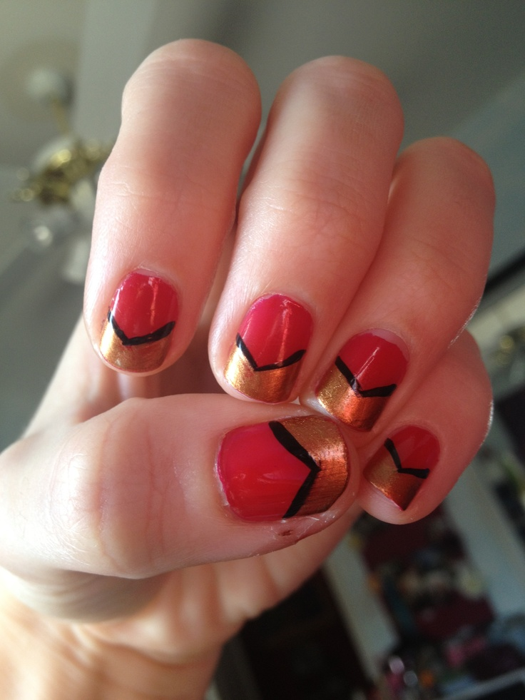 49ers chevron nail art   Superbowl 2013   Pinterest
