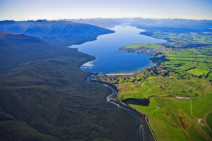 Lake Te Anau, see more, learn more, at New Zealand Journeys app for iPad www.gopix.co.nz
