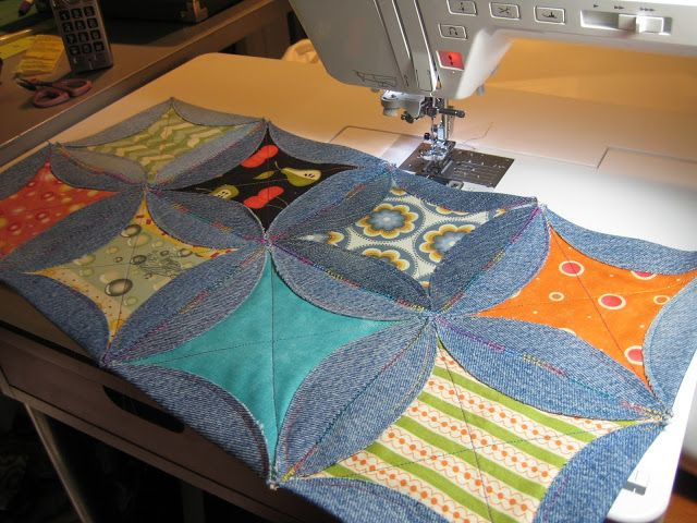 Quilting Momma: Blue Jean Quilt- a good possibility for the stash of old blue jeans I have!  Love it!